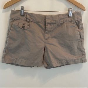 LOFT Khaki Mini Shorts Pockets Sz 4